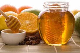 Entérese cómo recuperarse de enfermedades respiratorias con la miel y limón