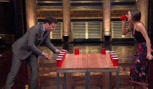 Estados Unidos: Miranda Kerr participó en curioso reto de beber cerveza