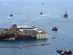 Italia: se inició el último viaje del crucero Costa Concordia hacia Génova