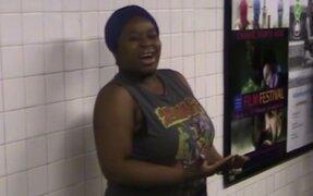 Silvia Jhony, la mujer que canta mejor que Beyoncé en el metro de EEUU