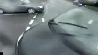VIDEO: ciclista graba con cámara GoPro su brutal choque contra un auto