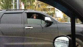 FOTOS: cosas realmente divertidas que podrías ver mientras vas por la carretera