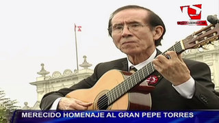 Rinden homenaje a gran guitarrista Pepe Torres por sus 60 años de trayectoria