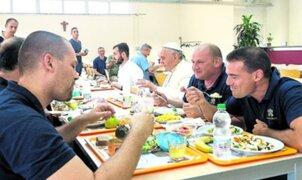 Vaticano: Papa Francisco almorzó en comedor junto a empleados
