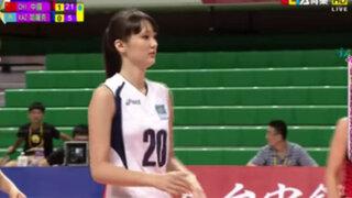 VIDEO: Critican a joven voleibolista de Kazajistán por ser demasiado hermosa