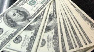 Intervienen a hombre con 100 mil dólares falsos en el aeropuerto