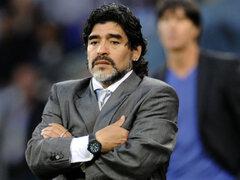 VIDEO: Diego Maradona se queda dormido durante discurso de Nicolás Maduro