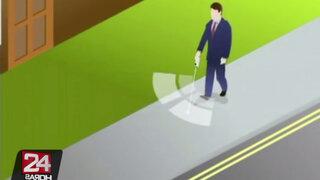 Expertos crearon bastón inteligente que advierte obstáculos a los invidentes