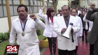 Médicos en huelga del Instituto Perinatal entregaron departamento de ginecología