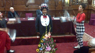 Congresista Cárdenas se disfrazó de payaso durante evento en el hemiciclo