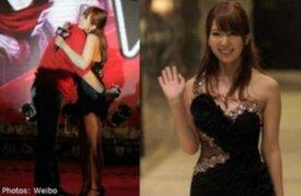 FOTOS: empleado del mes se gana una noche con actriz porno japonesa