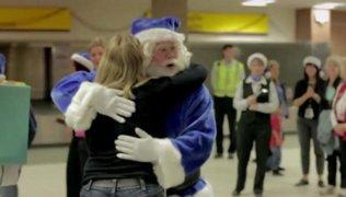 Aerolínea canadiense sorprende a sus pasajeros con regalos de ensueño