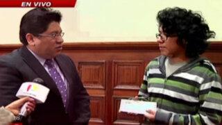 Joven becado recibe ayuda tras denuncia hecha por Panorama