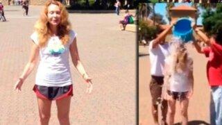 VIDEO: Eliane Karp se unió al 'Ice Bucket Challenge' y retó a Villarán y Castañeda
