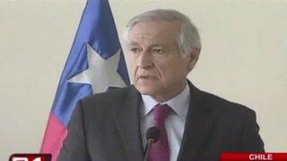 Canciller chileno criticó marcha de peruanos a triángulo terrestre