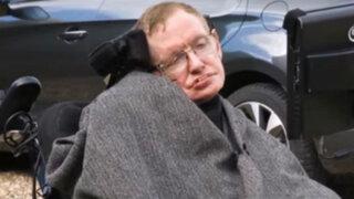 Físico Stephen Hawking también hizo el Ice Bucket Challenge