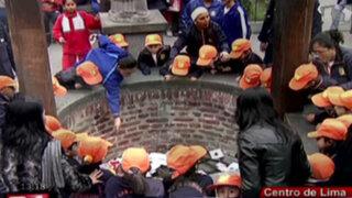 Escolares visitan 'pozo de los deseos' en el santuario de Santa Rosa de Lima