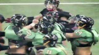 Estados Unidos: fútbol americano entre mujeres termina en pelea masiva