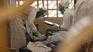China: autorizan producción de primer medicamento contra el ébola
