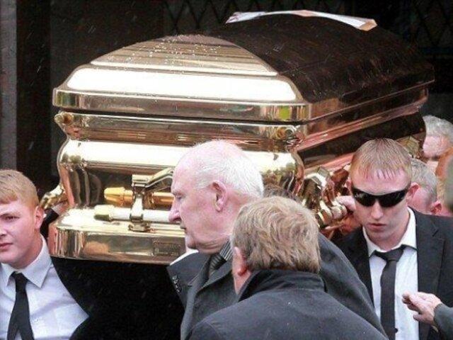 Gangster irlandés fue enterrado en un ataúd de oro de más de 40 mil dólares