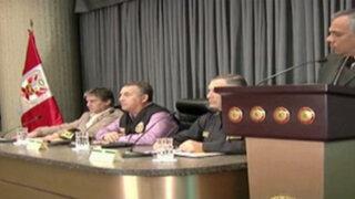 Ministros del Interior y Justicia niegan responsabilidad en muerte de alcalde cusqueño