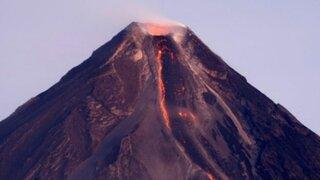 Filipinas: evacuan a 12 mil personas ante posible erupción volcánica