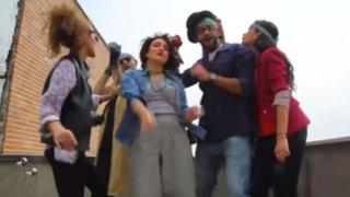 Irán: condenan a prisión a seis jóvenes por grabar video bailando 'Happy'