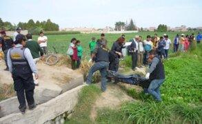 Hallan cadáver de mujer en canal de regadío en Apurímac