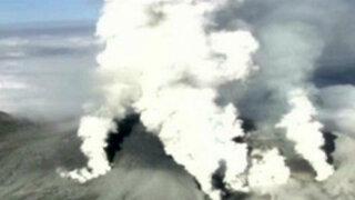 Japón: erupción de volcán deja un muerto y más de 40 heridos