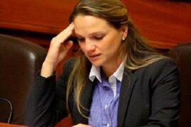 Piden a congresista Luciana León aclarar supuesto desbalance