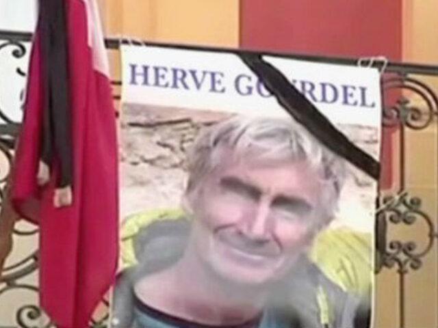 Francia: tres días de luto por asesinato de montañista en Argelia