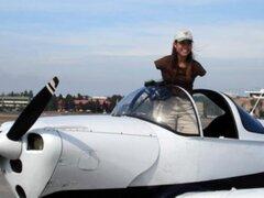 Jessica Cox, la mujer sin brazos que se convirtió en piloto de avión
