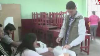 Cañete: intervienen a dos personas por tomarse 'selfie' en cabina de votación