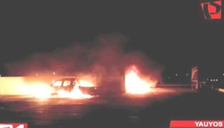 Incendian vehículo de virtual alcalde reelecto en Yauyos