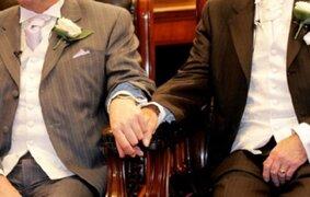 EEUU: suspenden matrimonio homosexual en dos estados