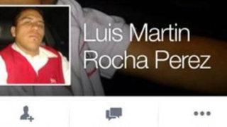 FOTOS: polémica en Facebook, sujeto amenaza a bebé con una pistola