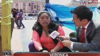 Damnificados de incendio en Plaza Dos de Mayo duermen en carpas