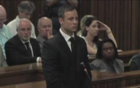 Sudáfrica: atleta Pistorius fue condenado a cinco años de prisión por matar a su novia