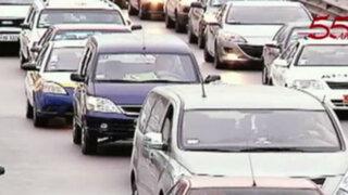 Informe 24: un millón 300 mil vehículos generan 75 puntos críticos de tráfico en Lima