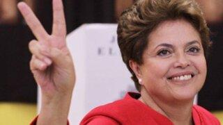 Dilma Rousseff es reelegida como presidenta de Brasil con más de 51% de votos