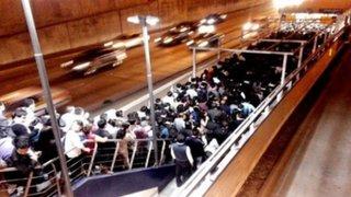 FOTOS: usuarios reportaron caos y largas colas en estaciones del Metropolitano