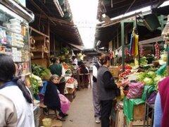 Precios de productos de primera necesidad se elevan en mercados de Lima