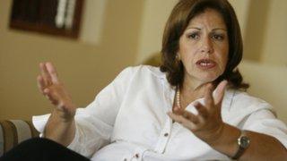 Lourdes Flores confesó que no ser madre fue un problema político