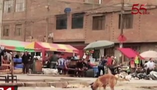 Ambulantes toman calles aledañas a la Av. Aviación tras ser desalojados
