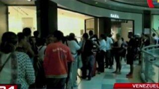 Venezuela: disponen límite de compra de cinco prendas de vestir al mes