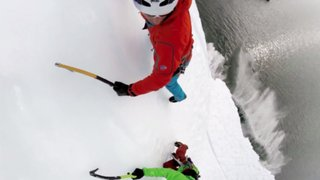 Alpinistas registraron cómo escalaron un iceberg con una cámara GoPro