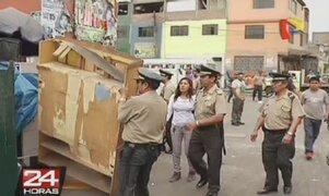 La Victoria: Desalojan a cachineros que tomaron avenida Nicolás Ayllón