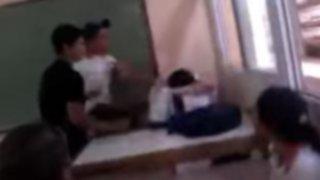 VIDEO: alumno golpea a profesor en plena clase porque lo reprobó en un examen