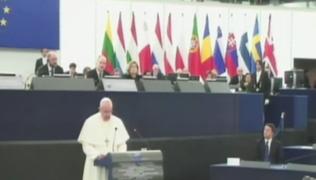Papa Francisco pide ante Parlamento Europeo una política de inmigración justa