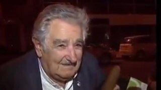 VIDEO: mira lo que hizo José Mujica cuando un mendigo le pidió 'propina'